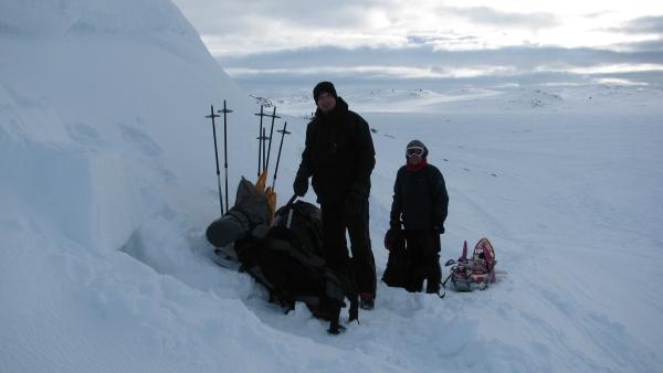 Sneeuwhol Hardangervidda Noorwegen Agro Natura Sneeuwwandelen