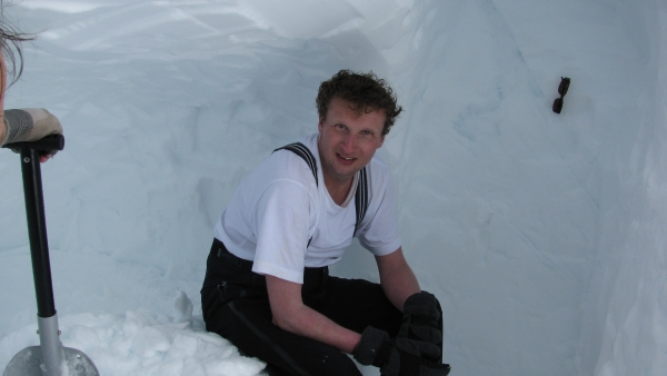 Hardangervidda in sneeuwhol Agro Natura sneeuwwandelen
