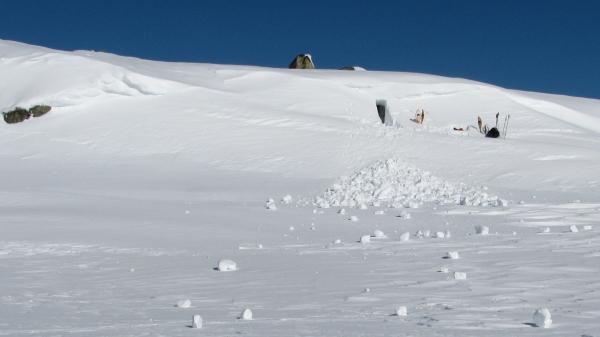 Hardangervidda Sneeuwhol Agro Natura sneeuwwandelreizen