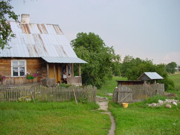 Noordoost Polen mooi houte boerderijtje Agro Natura