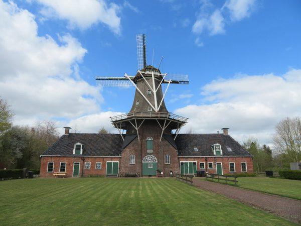 Roderwolde, bijna het noordelijkste puntje van Drenthe.